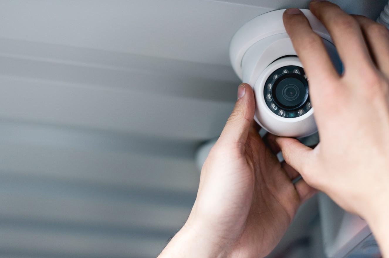 Slotenmaker Daniel garandeert uw professionele camerabewaking